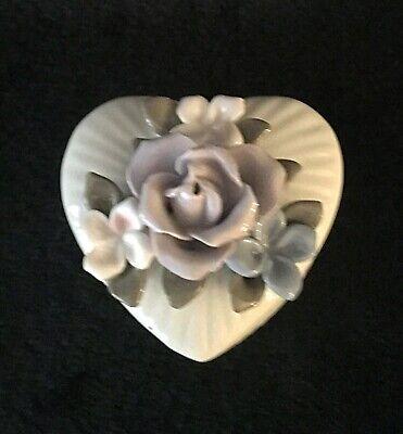 Vintage Porcelain Jewelry Trinket Heart Shaped Box Flowers Roses Beautiful