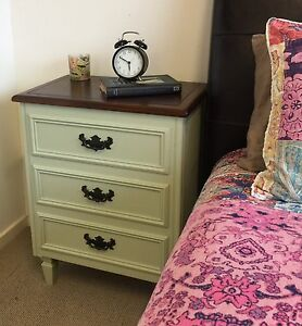 2x gorgeous French country style bedside tables Byron Bay Byron Area Preview