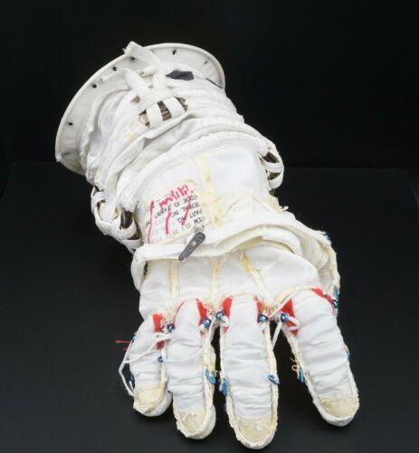 Phase VI NASA JSC Space Shuttle Era Phase VI Glove Restraint w/ Hardgoods COA
