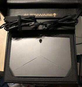 9.9/10 Alienware 13  i7-6500U Core