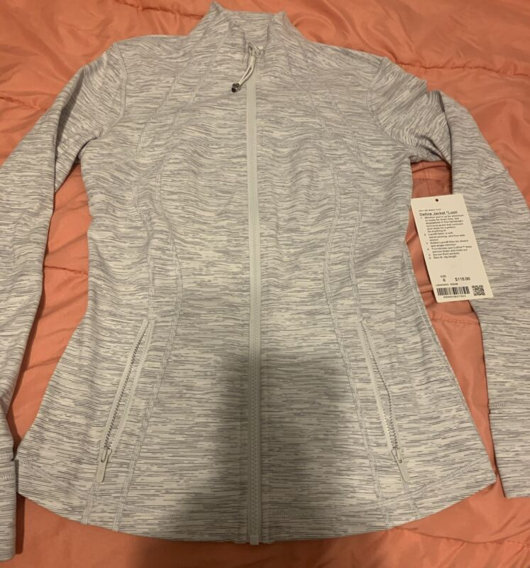 NEW WITH TAGS Lululemon Athletic Define  *Luon Jacket Size 6