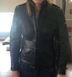 Manteau en cuirs