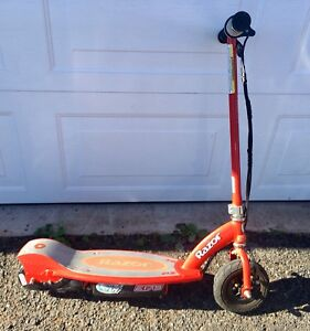 Razor E175 Electric Scooter