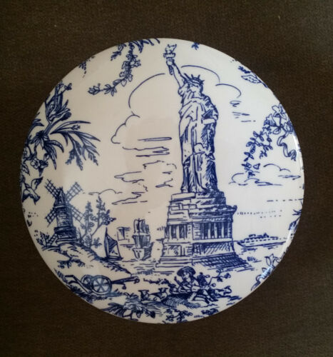 """Tiffany & Co """"NEW YORK TOILE"""" Blue and White Trinket Container~RARE"""