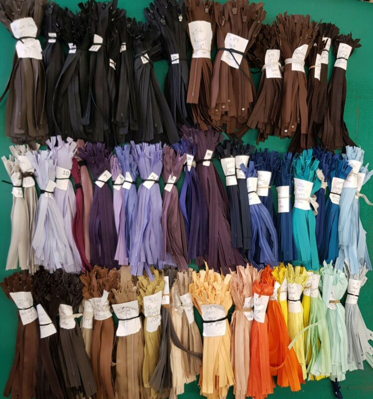 6+x+Invisible+Zips+YKK%2FOPTI.+19cm+to+23cm.+Lots+Of+Colours