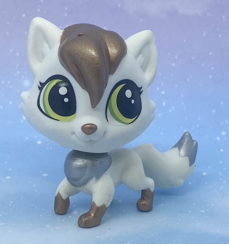 Littlest Pet Shop Authentic # 45 White Metallic Arctic Fox Lulu Foxley
