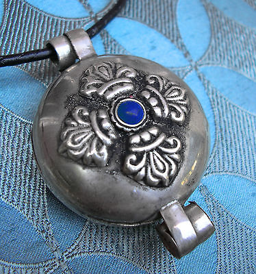 Great Tibet Gau Amulet Dorje Nepal Silver with Lapis Lazuli