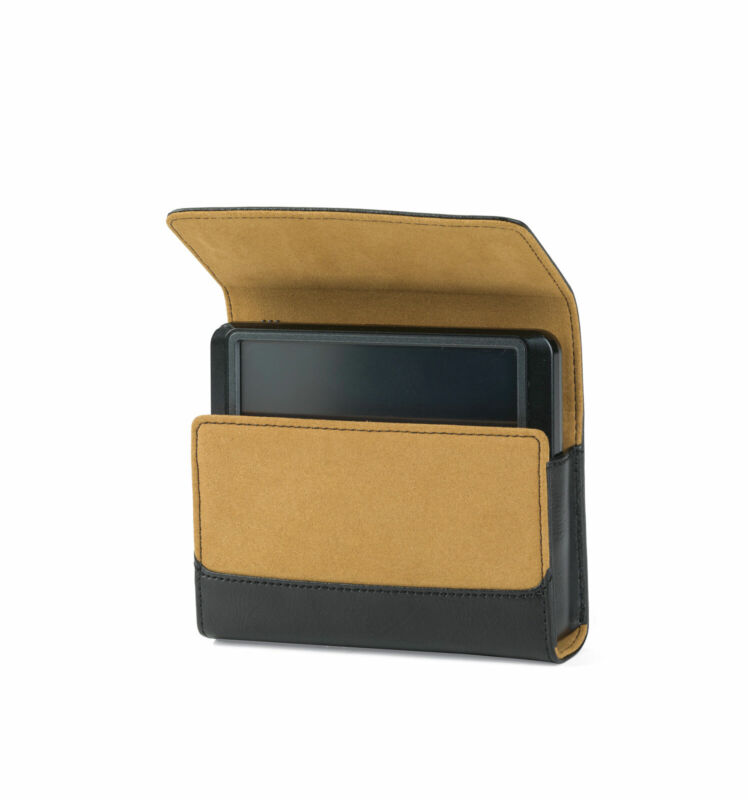 Lowepro 4.3 Navi Classic GPS Leather Case / Nuvi Garmin