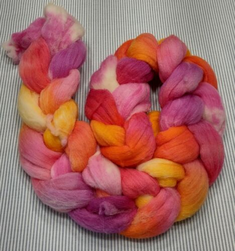 Fine Wool Combed Top Roving Spinning Handpainted Dyed Felt USA NWT Carefree 4.5