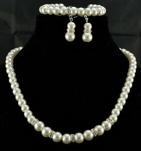 CREAM GLASS  PEARL & RHINESTONE NECKLACE  WITH  EARRINGS  AND BRACELET