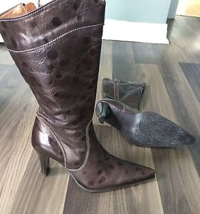 Tres Chic! Genuine Albano Glam Leather Boots