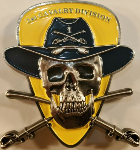 """US Army 1st Cavalry Division Fort Hood Texas  Challenge Coin 2.4"""" 152"""