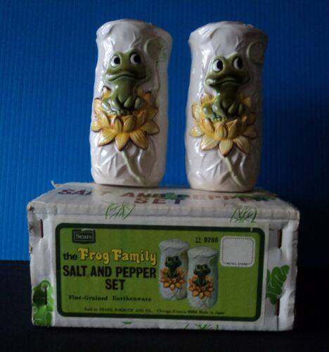 Vintage The Frog Family From Sears Salt and Pepper Shakers Set 1976 NEW NIB Neil