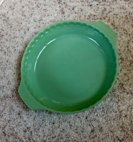 "FIRE KING Jadeite Jade-ite 2000 Pie Plate 10"" by Anchor Hocking"