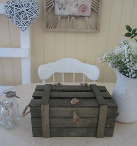 SMALL SHABBY VINTAGE RUSTIC WOODEN BOX CRATE CHEST & LID - STORAGE, WISHING WELL