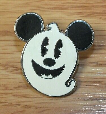 2009 Genuine Disney Mickey Mouse as a Ghost Collectible Trading Pin **READ**  Genuine Disney Mickey Mouse