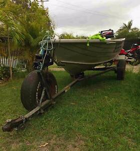 Stacer Dinghy / Tinnie 3.8m | 5 Horse Power Mercury Outboard Eagleby Logan Area Preview