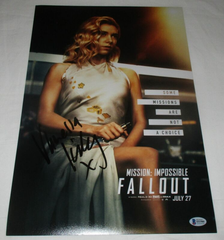 VANESSA KIRBY SIGNED MISSION: IMPOSSIBLE - FALLOUT 12X18 POSTER BAS BECKETT