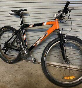 Mongoose Pro DX 4.0 mountain bike