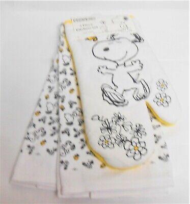 Peanuts Snoopy & Woodstock 3 Piece Kitchen Set - 2 Towels 1 Oven Mitt