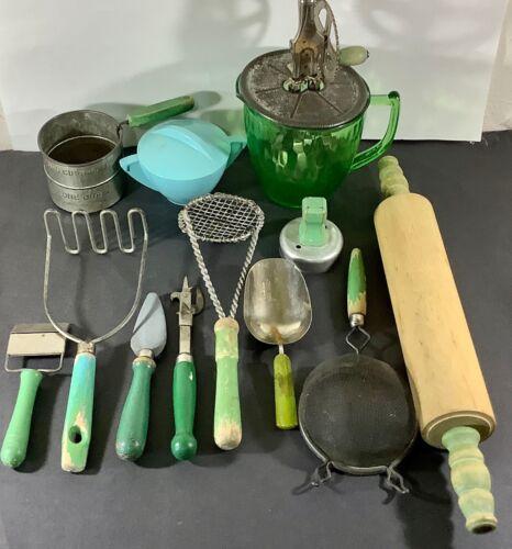 ANTIQUE WOOD HANDLE KITCHEN UTENSIL GREEN VASELINE GLASS A&J HAND MIXER BAKELITE