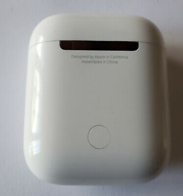 Original OEM Apple AirPods 1st Gen CARRYING CHARGING CASE ONLY (MMEF2AM/A) -USED