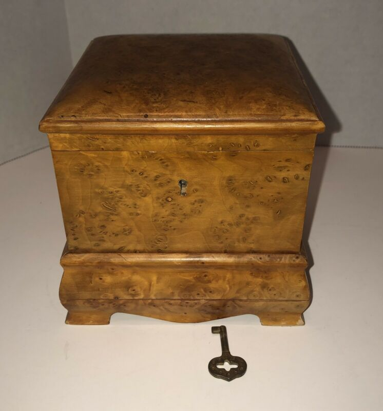 Antique Burl Wood Trinket Vanity Box with Lock and Key Humidor Tea Jewelry Vtg