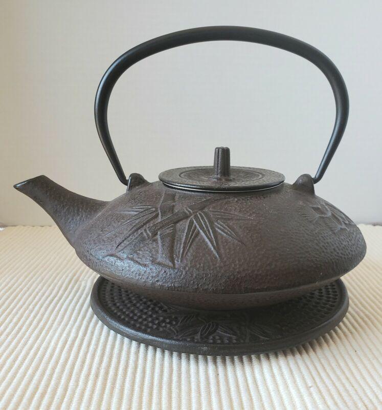 KAFUH Cast Iron Teapot Trivet Cups Leaf Saucers Testsubi Bamboo Cherry Blossoms