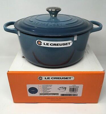 NIB Le Creuset Cast Iron 7 1/4-qt Round Dutch Oven Marine Blue