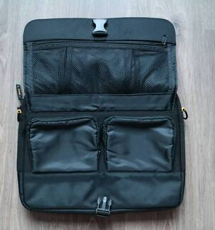 Laptop / Tablet / ipad Shoulder Bag