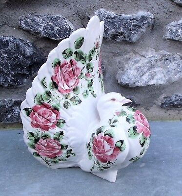 Devenshire Pottery. Magnificent Pigeon IN Waltz English Country House Style