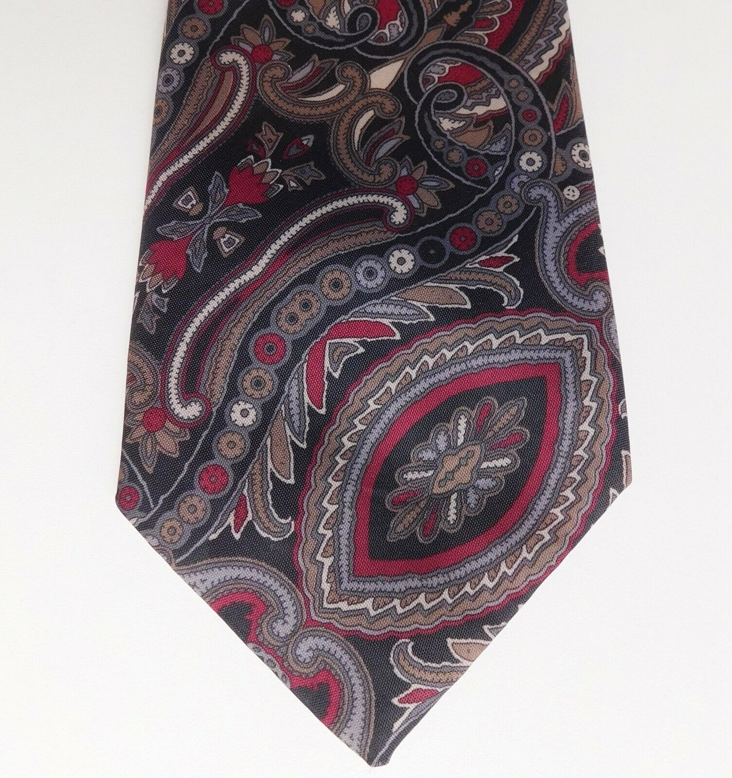 Cheap and cheerful Paisley tie made in England vintage 1970s 1980s mens wear