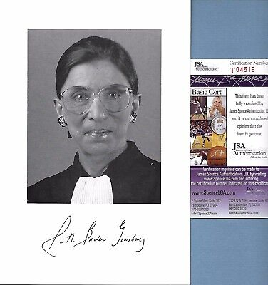 Signed Ruth Bader Ginsburg Photograph Certified By Jsa   T04519