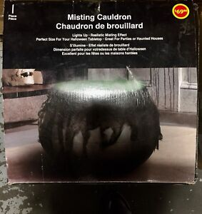 Brand new Misting cauldron with real effects