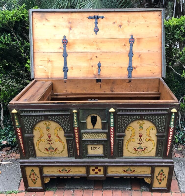 Antique Danish 1725 Dowry Wedding Chest Trunk w Painted Folk Art 295 YEARS OLD !