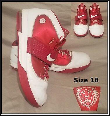 e6821dc486e9 Nike Lebron Zoom Soldier IV 4 Size 18 Red White TB James Men s Basketball  Shoes