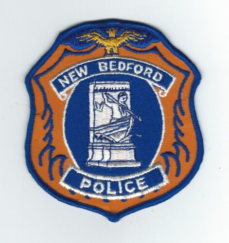 VINTAGENEW BEDFORD, MASSACHUSETTS POLICE (CHEESE CLOTH BACK) patch