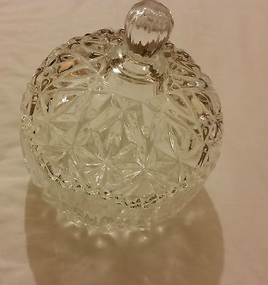 Glass / crystal candy bowl