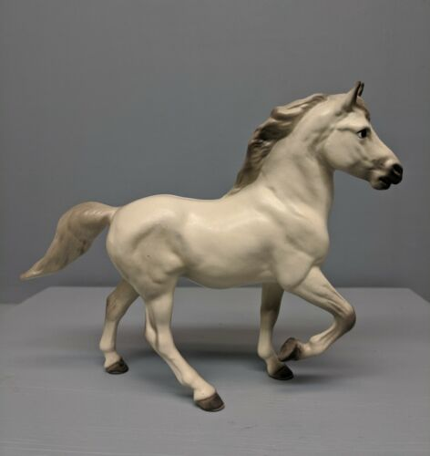Old Monrovia Hagen Renaker DW Morgan Horse Thunder in White 1958 Only