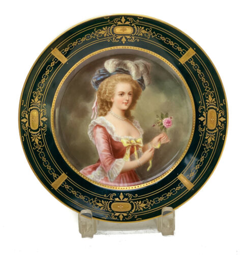Royal Vienna Hand Painted Porcelain Cabinet Plate of a Beauty, circa 1920