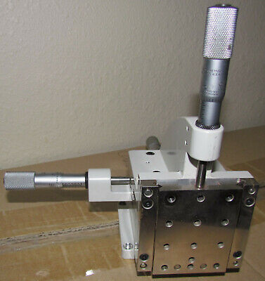 Newport 3 Axis Xyz Precision Positioner With Micrometers