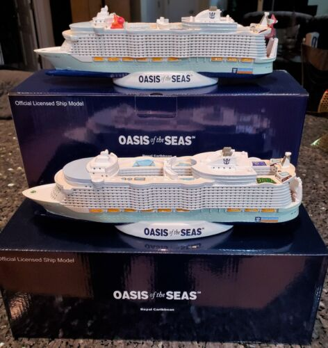 TWO Royal Caribbean OASIS OF THE SEAS Cruise Ship Model RCCL OLD & NEW VERSIONS