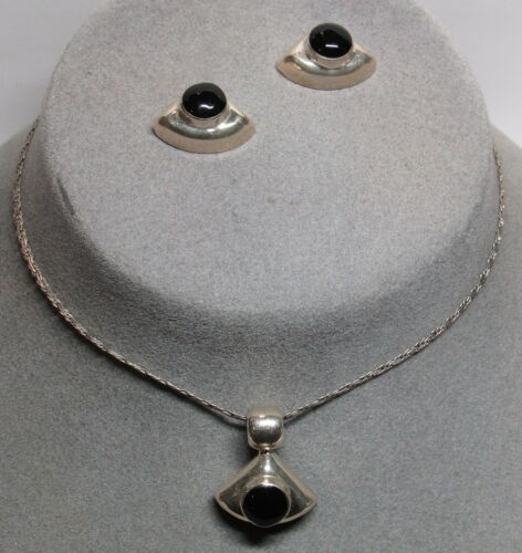 Mexico Mexican Sterling Silver Black Stone Pendant Necklace Earrings Set 17 Gram