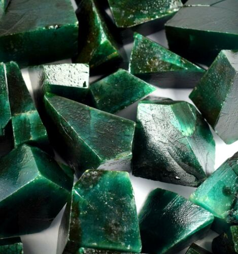 Green Emerald Gemstone Polished Rough Natural 5000 Ct Colombian Lot Best Offer