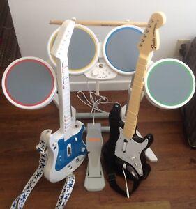 Ensemble complet d'instruments rock band pour Wii et 3 jeux