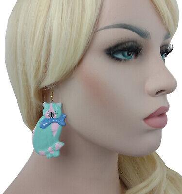 Earrings Aqua Pink Cat Fish Hand Painted Dangle Wood Vintage Charm Art Jewelry](Pink Fish Costumes)