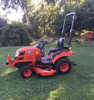 Kioti Tractor CS2610