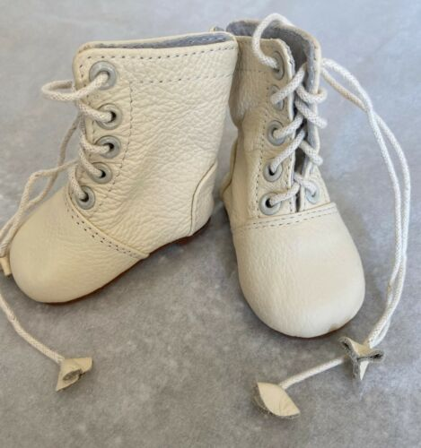 """Unique Leather Ivory Boots for a 23"""" Doll S022"""