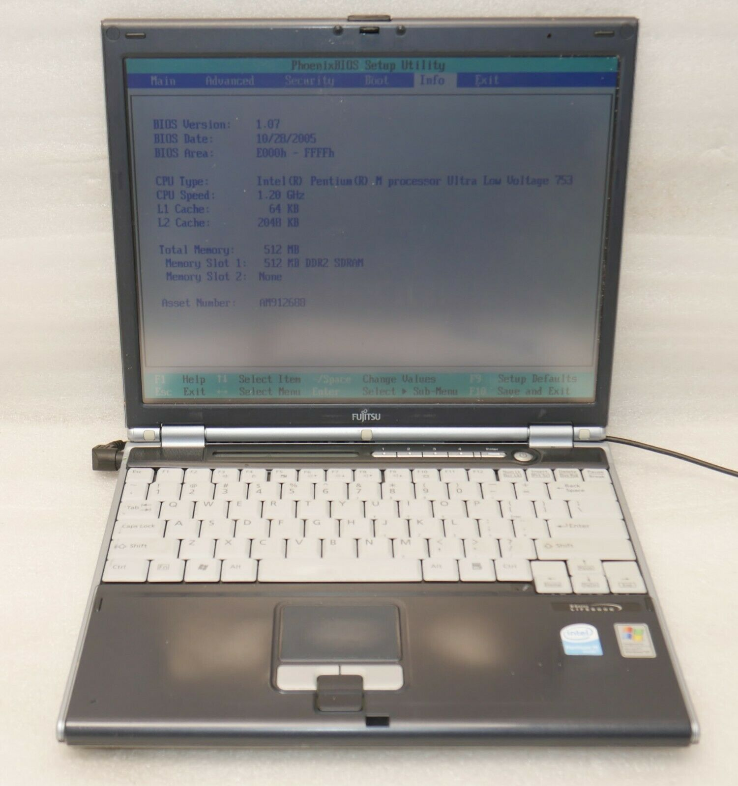 Fujitsu Lifebook B6110D 1.2GHz Intel Pentium M CPU 512MB RAM  NO Hard drive