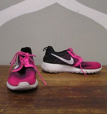 705486 003 GS Nike Roshe One Flight Weight Black//White-Ghost Grn-Hyper Grape